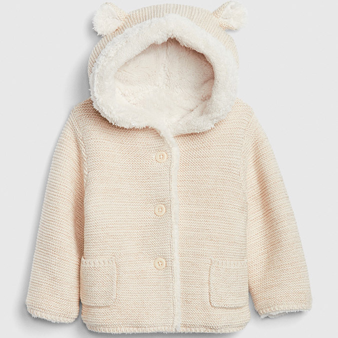 "This sweater is inspired by a bear! It has a similar whimsical feel as Archie's coat. It is crafted out of versatile neutral fabric. The style is doubly cozy thanks to the sherpa lining and soft garter knit.</p><p>Baby Brannan Bear Sherpa Sweater, $35.99, <a href=""https://www.gapcanada.ca/browse/product.do?cid=1115605&pcid=1114529&vid=1&pid=493886013"" target=""_blank"">Gap</a></p><p>Screenshot via gapcanada.com"