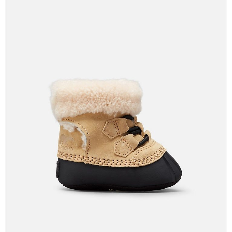 "Tiny toes will stay warm in these fluffy Caribootie II boots from <a href=""https://ca.hellomagazine.com/tags/0/sorel"" target=""_blank""><strong>Sorel</strong></a>. They are made out of a nubuck synthetic upper and genuine shearling footbed, plus, they have a Velcro fastening that makes them easy to put on and take off.</p><p>Sorel Caribootie II, $56, <a href=""https://www.sorelfootwear.ca/en/caribootie-ii%C2%A0-1871301.html?dwvar_1871301_variationColor=373#q=baby+boots&prefn1=ECkidSize&prefv1=Infant%7CToddler&start=0"" target=""_blank"">Sorel</a></p><p>Screenshot via sorelfootwear.ca"
