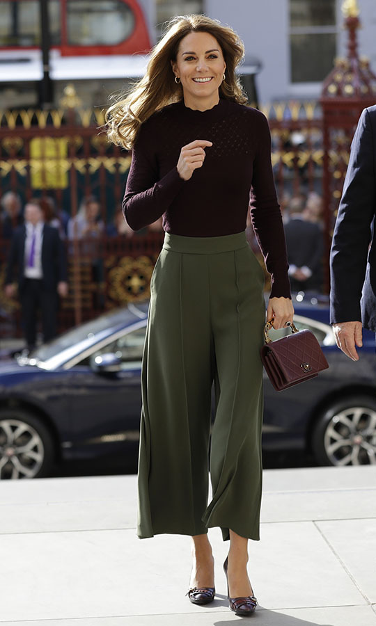 "<h2>National History Museum, Oct. 9</h2></p><p>This maroon top with olive trousers was one of <a href=""https://ca.hellomagazine.com/royalty/02019123054228/kate-middleton-style-best-looks-2019"" target=""_blank""><strong>Duchess Kate's best looks of 2019</strong></a>! She stunned in an unexpected colour combination featuring <a href=""https://ca.hellomagazine.com/tags/0/jigsaw""><strong>Jigsaw</strong></a> olive green culottes, a maroon <strong><a href=""https://ca.hellomagazine.com/tags/0/warehouse"">Warehouse</a></strong> sweater and coordinating <strong><a href=""https://ca.hellomagazine.com/tags/0/chanel"">Chanel</a></strong> handbag and <strong><a href=""https://ca.hellomagazine.com/tags/0/tods/"">Tod's</a></strong> fringed heeled loafers at the Natural History Museum on Oct. 9 in London</p><p>Photo: ©  Kirsty Wigglesworth - WPA Pool/Getty Images"