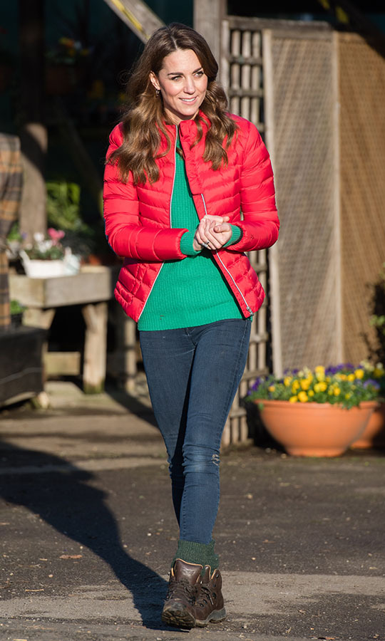 "<h2>Great Missenden, Dec. 4</h2></p><p>Talk about a festive look! Duchess Kate joined families at Peterley Manor Farm on Dec. 4 in Great Missenden to <a href=""https://ca.hellomagazine.com/royalty/02019120453913/kate-middleton-children-christmas-trees-family-action"" target=""_blank""><strong>help children pick out Christmas trees</strong></a>! She <strong><a href=""https://ca.hellomagazine.com/royalty/02019120453914/kate-middleton-red-puffer-jacket-buckinghamshire-royal-visit"" target=""_blank"">looked jolly</a></strong> in a red <strong>Perfect Moment</strong> puffer jacket, green <strong><a href=""https://ca.hellomagazine.com/tags/0/really-wild"">Really Wild</a></strong> sweater, skinny blue jeans, brown <strong><a href=""https://ca.hellomagazine.com/tags/0/berghaus"">Berghaus</a></strong> boots and green socks.</p><p>Photo: © Samir Hussein/WireImage"