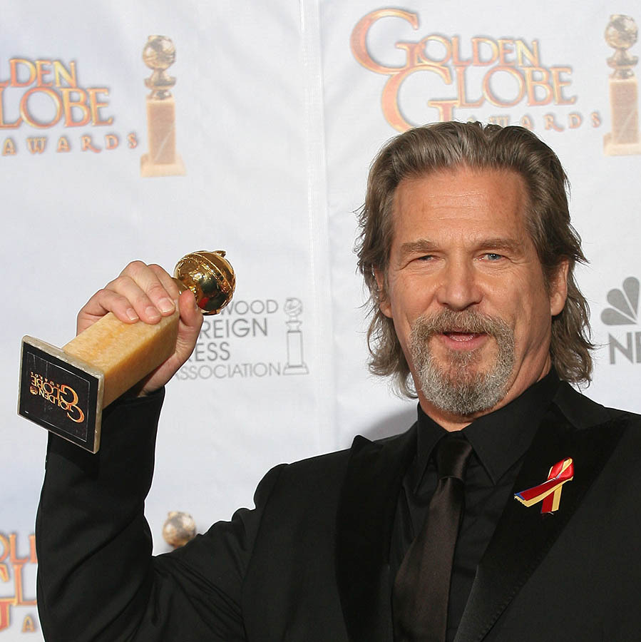 "<h2>Best Performance by an Actor in a Motion Picture - Drama: Jeff Bridges</h2><p>For his work in <em><strong>Crazy Heart</strong></em>, <a href=""https://ca.hellomagazine.com/tags/0/jeff-bridges"" target=""_blank""><strong>Jeff Bridges</strong></a> won the Best Performance by an Actor in a Motion Picture - Drama award.</p><p>Photo: © VALERIE MACON/AFP via Getty Images"