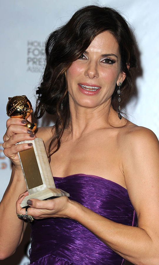"<h2>Best Performance by an Actress in a Motion Picture - Drama: Sandra Bullock</h2><p><strong><a href=""https://ca.hellomagazine.com/tags/0/sandra-bullock"" target=""_blank"">Sandra Bullock</a></strong> scooped up the top acting prize in the drama category for <em><strong>The Blind Side</strong></em>!</p><p>Photo: © Steve Granitz/WireImage"