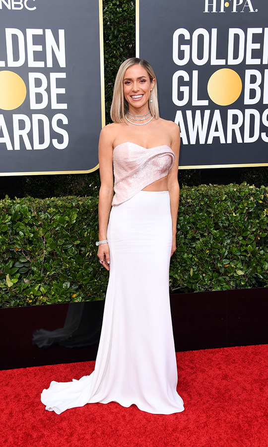 <strong><a href=/tags/0/kristin-cavallari>Kristin Cavallari</a></strong> looked amazing in a white-and-pink combo!