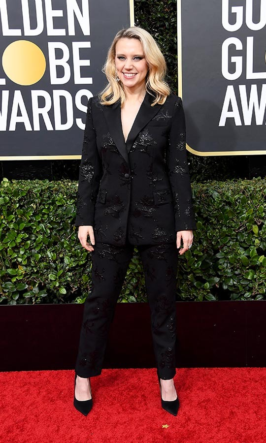 <a href=/tags/0/kate-mckinnon><strong>Kate McKinnon</strong></a> traded in the gown for a show-stopping suit! <p>Photo: &copy; Steve Granitz/WireImage