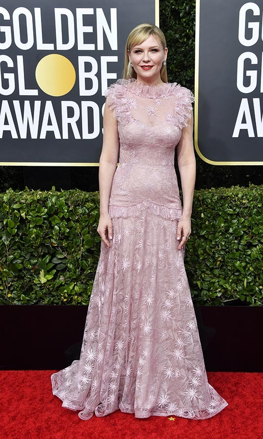 <strong><a href=/tags/0/kirsten-dunst>Kirsten Dunst</a></strong> was an ethereal beauty in a pale pink <a href=/tags/0/rodarte><strong>Rodarte</strong></a> dress! <p>Photo: &copy; Frazer Harrison/Getty Images