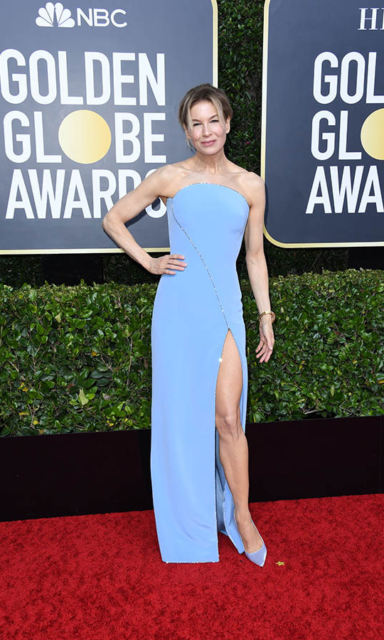 Beauty in blue! <strong><a href=/tags/0/renee-zellweger>Renée Zellweger</strong></a> was a vision in a powder blue dress by <a href=/tags/0/armani><strong>Armani</strong></a> with coordinating shoes. <p>Photo: &copy; Jon Kopaloff/Getty Images