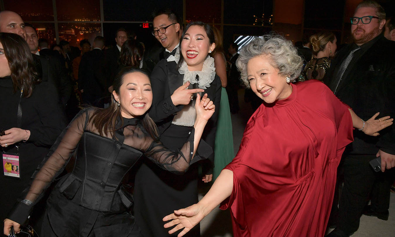 <em>The Farewell</em>'s <strong>Diana Lin</strong>, <strong><a href=/tags/0/awkwafina>Awkwafina</strong></a> and <strong>Zhao Shuzhen</strong> looked like they were having a ball at the 2020 InStyle and Warner Bros. 77th Annual Golden Globe Awards post-party. <p> Photo: © Lester Cohen/Getty Images for InStyle