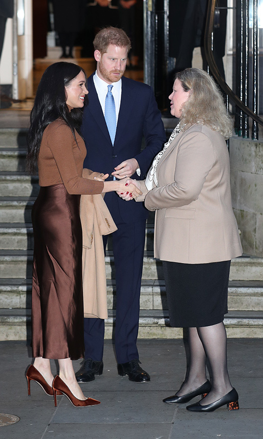 The couple gave a warm farewell to Janice, thanking her again for the visit and for how at home Canada made them feel while they had been staying here. 