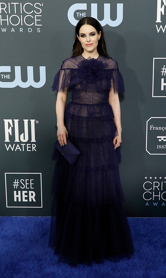 <strong> Emily Hampshire</strong> was a beauty in a navy tulle gown with delicate ruffles. <p>Photo: &copy; Taylor Hill/Getty Images