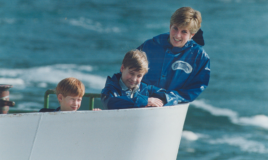<h2>Harry, William and Diana at Niagara Falls, 1991</h2>