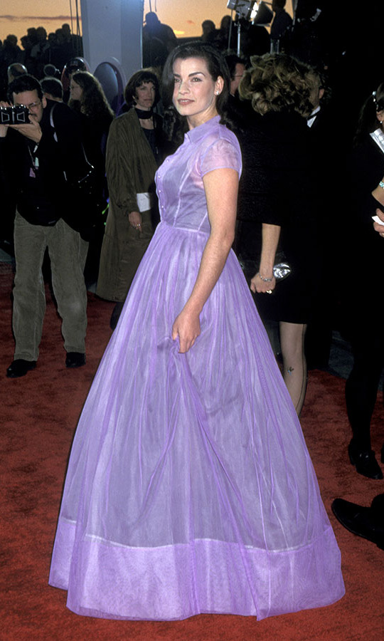 "<h2>Julianna Margulies, 1996</h2><p><a href=""https://ca.hellomagazine.com/tags/0/Julianna-Margulies""><strong>Julianna Margulies</strong></a> looked like the belle of the ball in a lilac full-skirted gown. <p>Photo: © Ron Galella/Ron Galella Collection via Getty Images"