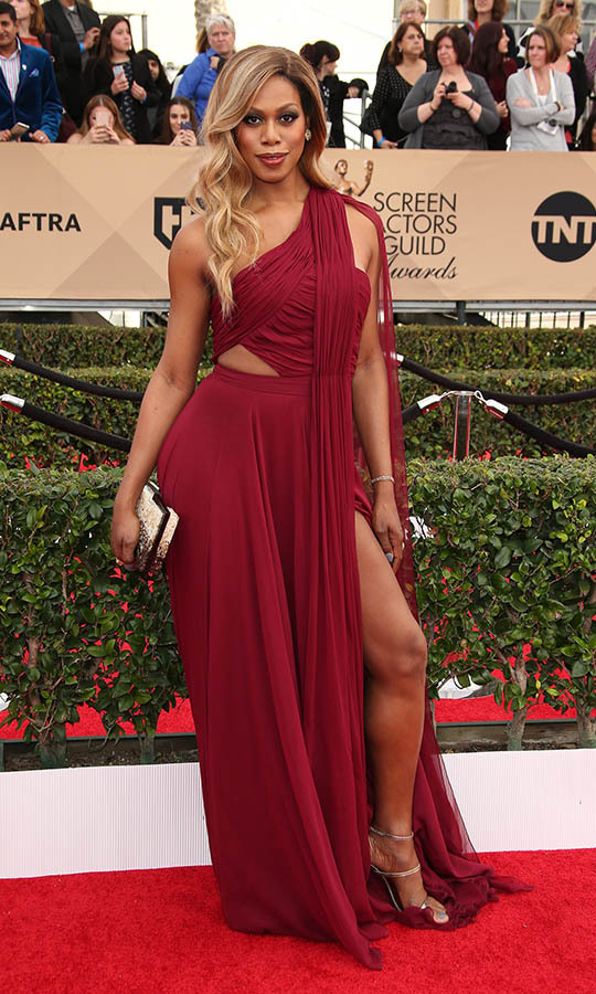 "<h2>Laverne Cox, 2016</h2><p> <a href=""https://ca.hellomagazine.com/tags/0/laverne-cox""><strong>Laverne Cox</strong></a> was a knockout in a draped maroon dress by <strong>Atelier Prabal Gurung</strong>. <p>Photo: © Dan MacMedan/WireImage"