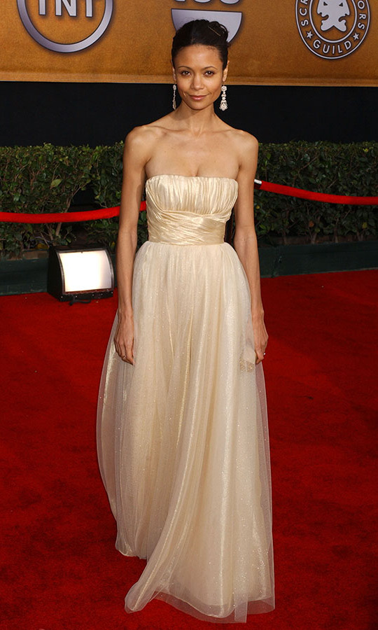 <h2>Thandie Newton, 2006</h2><p> At the 2006 SAG Awards, <strong>Thandie Newton</strong> had a princess moment in a champagne-coloured dress. <p>Photo: © Albert L. Ortega/WireImage