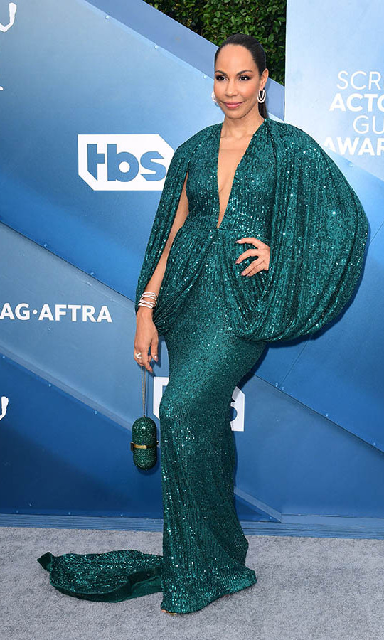 Canadian actress <strong>Amanda Brugel</strong> looked oh-so-glam in a draped green gown. <p>Photo: FREDERIC J. BROWN/AFP via Getty Images