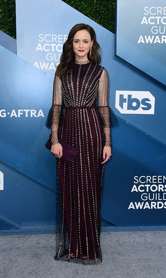 <strong>Alexis Bledel</strong> was a delight of details in an embellished oxblood gown. <p>Photo: &copy; FREDERIC J. BROWN/AFP via Getty Images