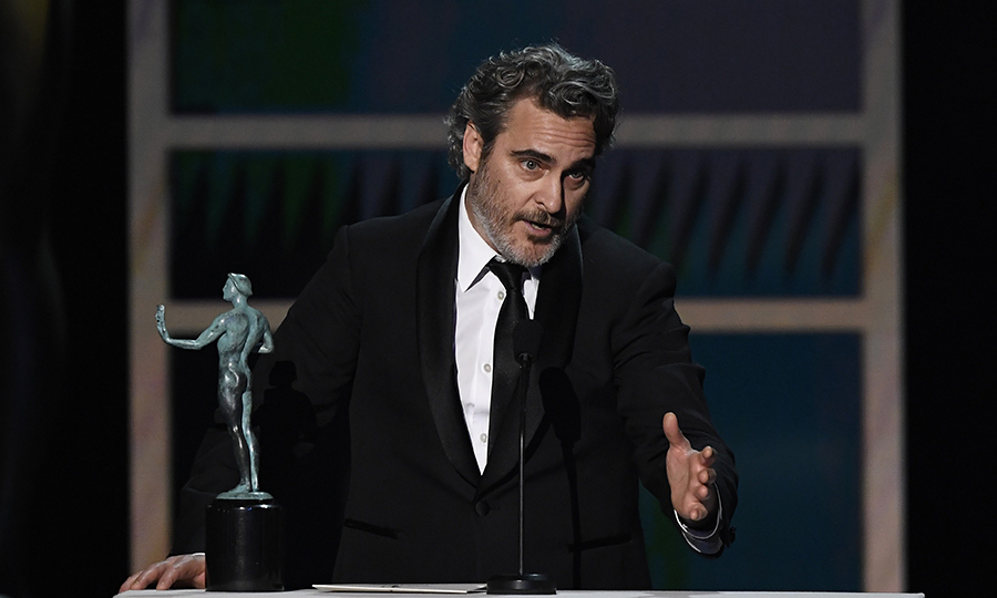 <h2>Outstanding Male Actor in a Leading Role in a Motion Picture</h2>