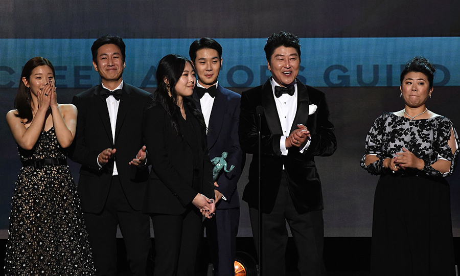 <h2>Outstanding Performance by a Cast in a Motion Picture</h2>