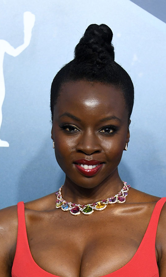 What a breathtaking rainbow! <em>The Walking Dead</em>'s <strong>Danai Gurira</strong> shone brightly with a <strong>Bulgari</strong> necklace and earrings. The former piece featured over 85 carats of coloured gemstones and diamonds! <p>Photo: &copy; Jon Kopaloff/Getty Images