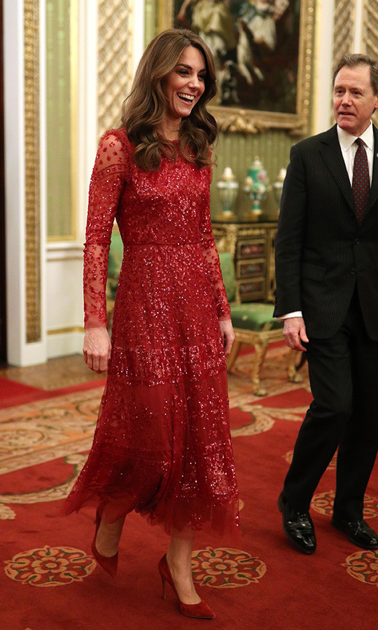 Here's another look at Kate's gorgeous ensemble!