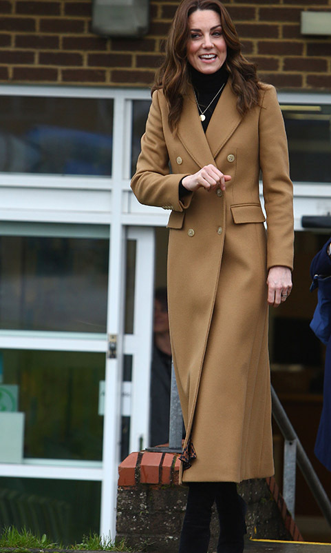 "On Jan. 22, <a href=/tags/0/kate-middleton><strong>Duchess Kate</strong></a> continued her 24-hour UK tour in Cardiff Wales at the Ely & Caerau Children's Centre. She wrapped up in a timeless beige coat from <a href=""https://ca.hellomagazine.com/tags/0/massimo-dutti""><strong>Massimo Dutti</strong></a>.