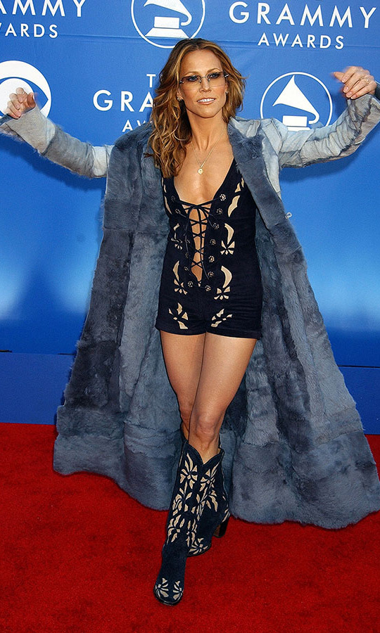 <h2>Sheryl Crow, 2002</h2><p> The country singer showed off her western ensemble at the 44th GRAMMYs. It was a little bit country, a little bit rock 'n roll!<p>Photo: &copy; Gregg DeGuire/WireImage