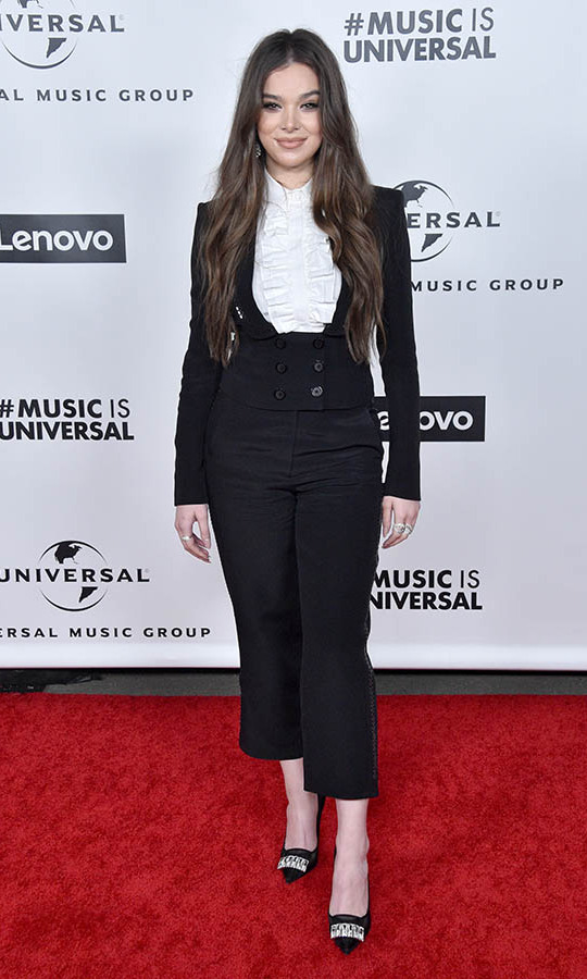 Singer-actress <a href=/tags/0/hailee-steinfeld><strong>Hailee Steinfeld</a></strong> looked so chic in her black-and-white suit at the Universal Music Group 2020 GRAMMY after-party.<p>Photo: &copy; Gregg DeGuire/FilmMagic