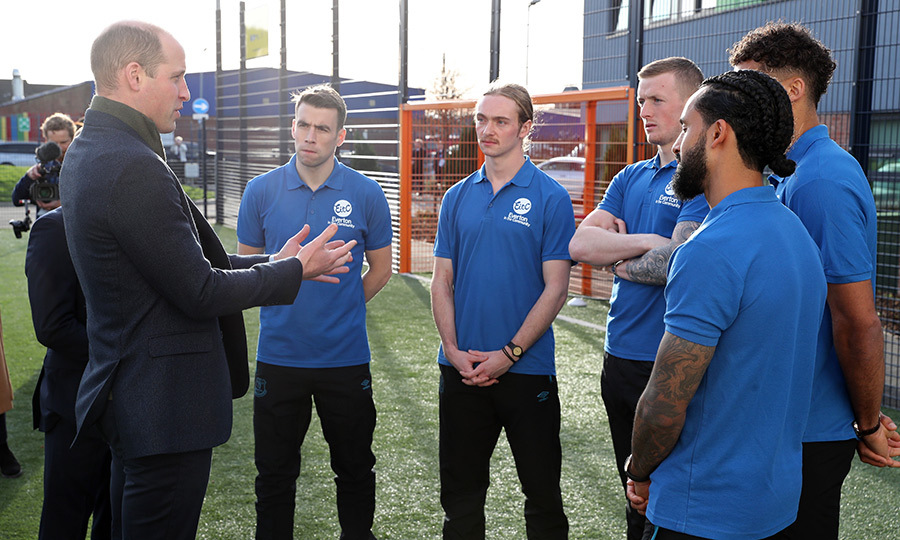 While there, William chatted with Everton FC players (L-R) <Strong>Seamus Coleman</strong>, <strong>Tom Davies</strong>, <strong>Jordan Pickford</strong>, <strong>Dominic Calvert-Lewin</strong> and <strong>Theo Walcott</strong>.