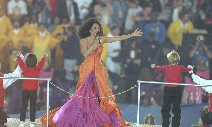 "<strong><A href=/tags/0/diana-ross>Diana Ross</a></strong>'s iconic 1996 set featured classic songs such as ""You Keep Me Hangin' On,"" ""Stop in the Name of Love,"" ""You Can't Hurry Love"" and more.