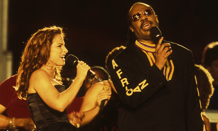 Gloria Estefan returned to the Super Bowl in 1999, this time with <Strong>Stevie Wonder</strong>.