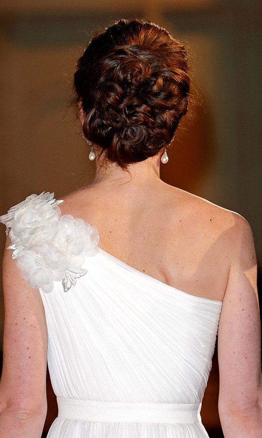 Here's a beautiful back shot of the asymmetrical dress and the mom of three's elegant twisted updo. <p>Photo: &copy; Max Mumby/Indigo/Getty Images