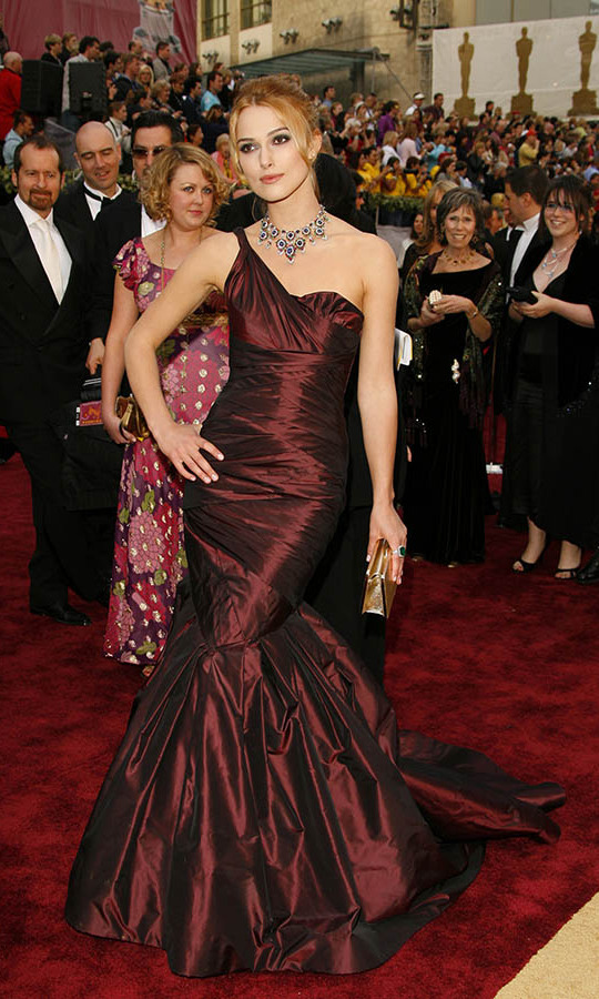 <h2>2006</h2></p>Best Actress nominee <a href=/tags/0/keira-knightley><strong>Keira Knightley</strong></a> was so regal at the 78th Annual Academy Awards in a maroon taffeta gown by <a href=/tags/0/vera-wang><strong>Vera Wang</strong></a> and <a href=/tags/0/bulgari><strong>Bulgari</strong></a> necklace. <p>Photo: &copy; Chris Polk/FilmMagic