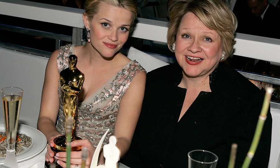 <strong><a href=/tags/0/reese-witherspoon>Reese Witherspoon</a></strong>'s mom <strong>Betty</strong> was so proud of her daughter when Reese won Best Actress for <I>Walk the Line</i> in 2006.