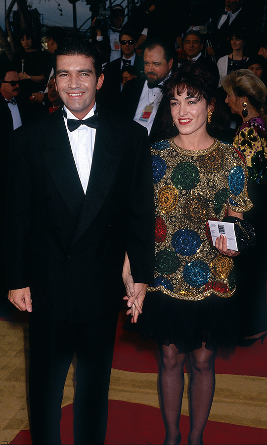In 1992, <strong><a href=/tags/0/antonio-banderas>Antonio Banderas</strong></a> attended the Oscars with actress <strong>Ana Leza</strong>, known at the time for <i>Women on the Verge of a Nervous Breakdown</i>.