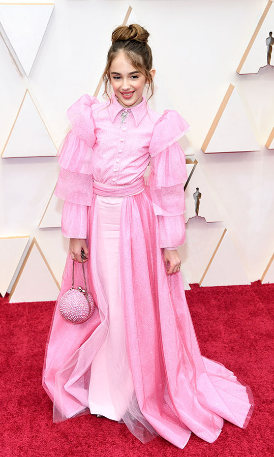 <em>Once Upon a Time... in Hollywood</em> actress <strong>Julia Butters</strong> looked so cute in a pink <a href=/tags/0/christian-siriano><strong>Christian Siriano</strong></a> dress. She also had a turkey sandwich in her bag! <p>Photo: &copy; Kevin Mazur/Getty Images
