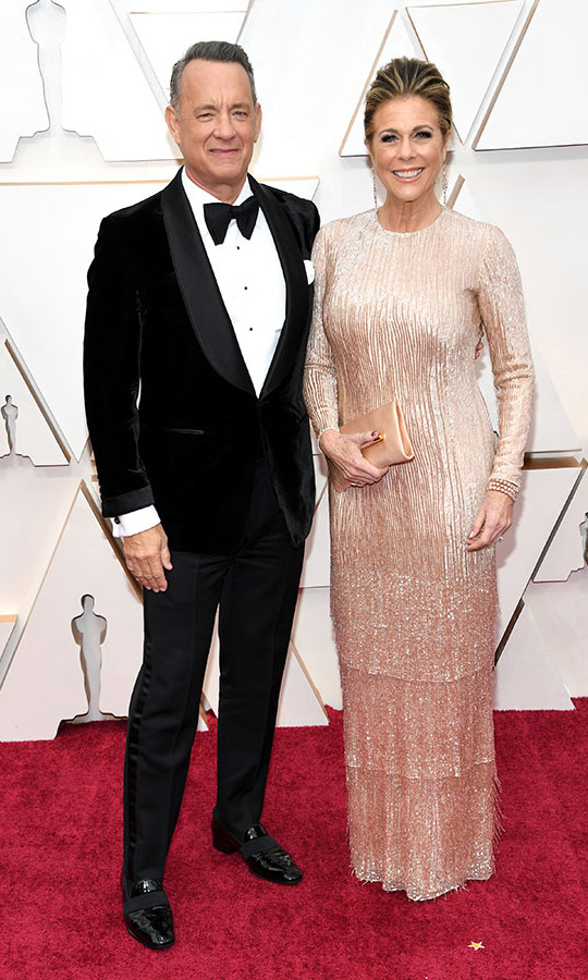 <a href=/tags/0/tom-hanks><strong>Tom Hanks</strong></a> and wife <a href=/tags/0/rita-wilson><strong>Rita Wilson</strong></a> had an elegant date night at the 2020 Oscars. Their looks were so sharp! <p>Photo: &copy; Kevin Mazur/Getty Images