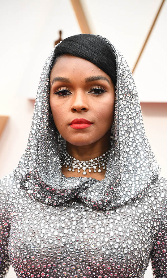 Wow! <a href=/tags/0/janelle-monae><strong>Janelle Monáe</strong></a> had one of the most dazzling looks of the 2020 Oscars. Her <a href=/tags/0/ralph-lauren><strong>Ralph Lauren Collection</strong></a> gown was decorated with 168,000 Swarovski crystals <em>and</em> she accessorized with magnificent <a href=/tags/0/forevermark><strong>Forevermark</strong></a> jewels, including a multi-strand choker necklace. <p>Photo: &copy; Steve Granitz/WireImage