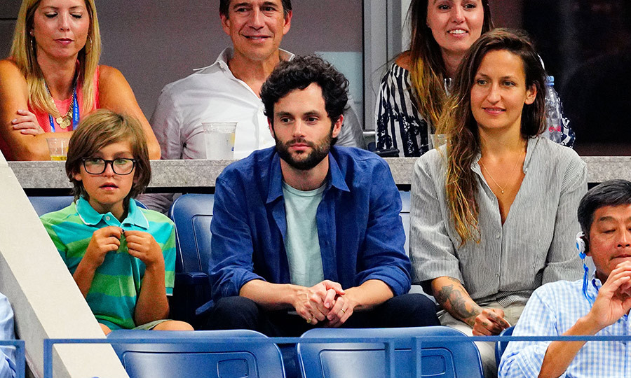 <h2>Penn Badgley and Domino Kirke</h2>