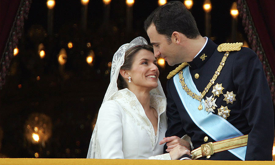 Can you feel the love? Now-<a href=/tags/0/queen-letizia><strong>Queen Letizia</strong></a>'s face was full of love as she looked up at new husband <a href=/tags/0/king-felipe><strong>King Felipe</strong></a> of Spain at their wedding ceremony on May 22, 2004.