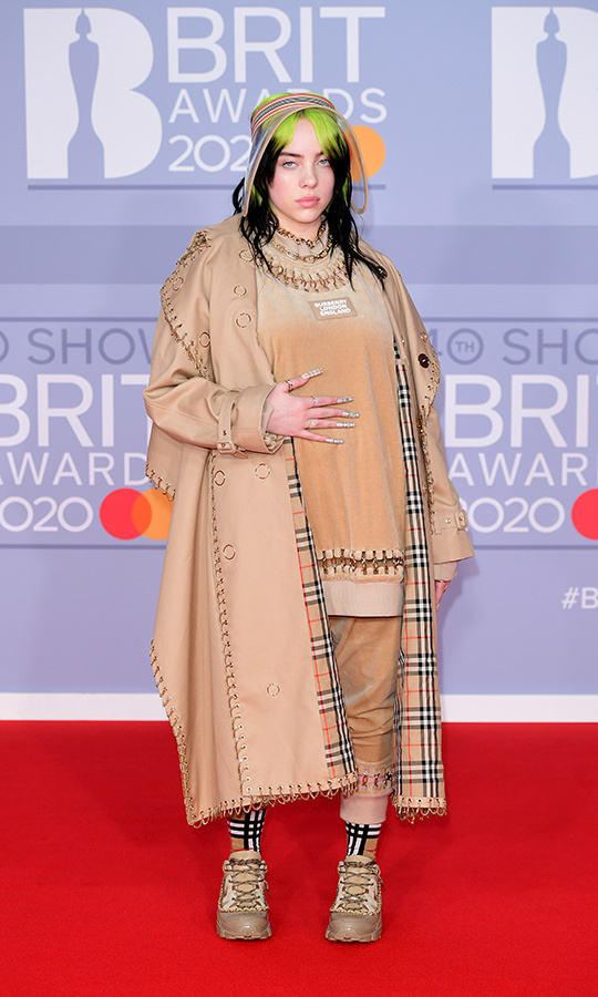 <strong><a href=/tags/0/billie-eilish>Billie Eilish</a></strong> was dressed in head-to-toe <strong><a href=/tags/0/burberry>Burberry</a></strong>.