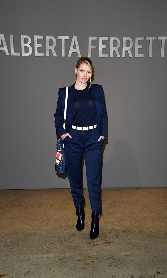 <a href=/tags/0/lady-kitty-spencer><strong>Lady Kitty Spencer</strong></a> stepped out in a chic navy ensemble with a printed bag at the <a href=/tags/0/alberta-ferretti><strong>Alberta Ferretti</strong></a> fashion show on Feb. 19 during Milan Fashion Week. <p>Photo: &copy; Daniele Venturelli/Getty Images