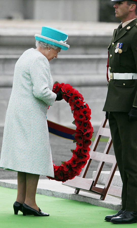 In a sombre moment, Her Majesty laid a wreath of poppy flowers at the Irish War Memorial Garden in Islandbridge, Dublin on May 18, 2011.<p>Photo: &copy; Irish Government - pool/Getty Images