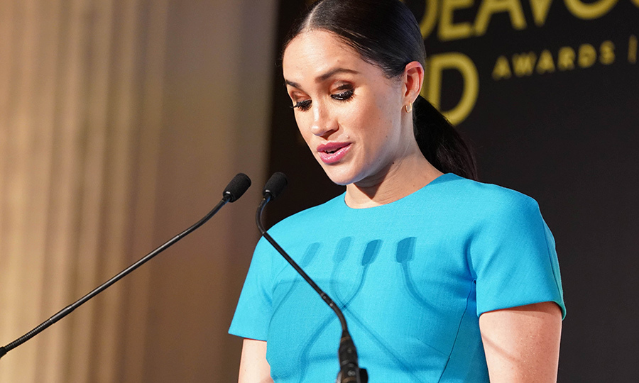 Meghan also presented an award at the event. 