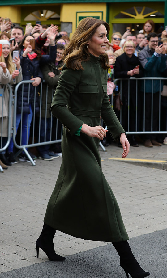 "Duchess Kate later added a bespoke deep green <a href=""https://ca.hellomagazine.com/tags/0/alexander-mcqueen""><strong>Alexander McQueen</strong></a> coat to the look while visiting the Tig Coili pub in Galway. She last wore the style in Bradford in Jan. 2020!