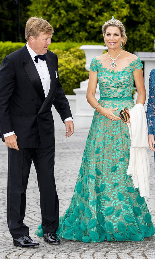 What a vision in green! <a href=/tags/0/queen-maxima><strong>Queen Maxima</strong></a> paid tribute to her host country in an exquisite green lace gown and coordinating tiara when she and <a href=/tags/0/king-willem-alexander><strong>King Willem-Alexander</strong></a> attended an official state banquet offered by Irish President <strong>Michael Higgins</strong> at Áras an Uachtaráin in Dublin on June 12, 2019.