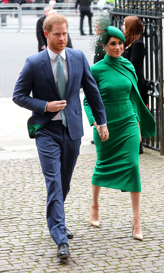 "<strong><a href=""https://ca.hellomagazine.com/tags/0/meghan-markle"">Duchess Meghan</a></strong> turned heads when she and <strong><a href=""https://ca.hellomagazine.com/tags/0/prince-harry"">Prince Harry</a></strong> attended the Commonwealth Day service at Westminster Abbey. The mom of one was radiant in an emerald green dress by <strong><a href=""https://ca.hellomagazine.com/tags/0/emilia-wickstead/"">Emilia Wickstead</a></strong>. She accessorized with a matching green fascinator with netted bow by <strong>William Chambers</strong>, beige <strong><a href=""https://ca.hellomagazine.com/tags/0/aquazzura"">Aquazzura</a></strong> heels and <a href=""https://ca.hellomagazine.com/tags/0/birks""><strong>Birks</strong></a> diamond snowflake earrings.