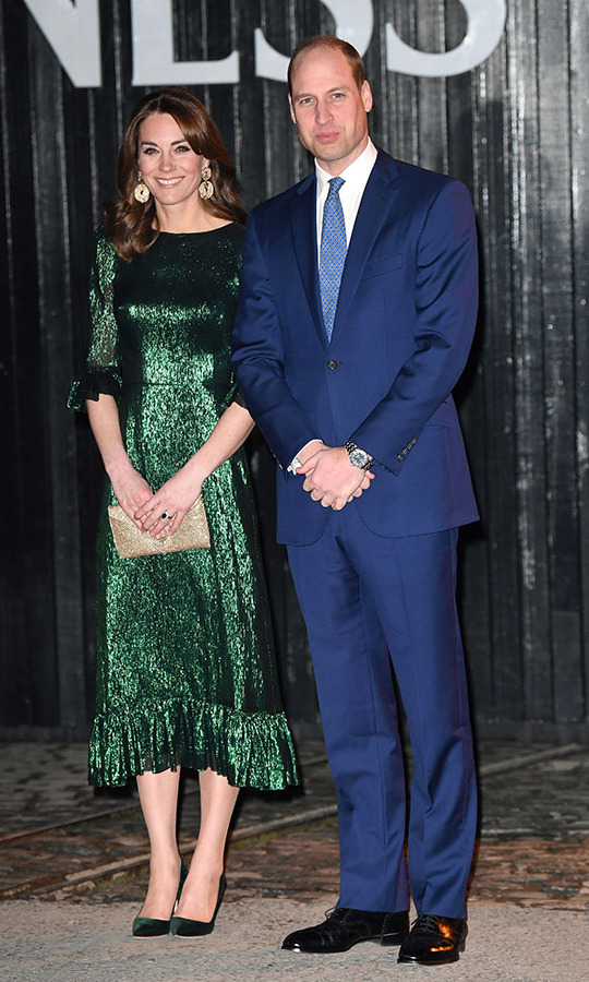 "<a href=/tags/0/kate-middleton><strong>Duchess Kate</strong></a> turned heads in a metallic green dress by <a href=""https://ca.hellomagazine.com/tags/0/the-vampires-wife""><strong>The Vampire's Wife</strong></a> paired with golden <a href=/tags/0/hm><strong>H&M</strong></a> earrings, a glitzy clutch and deep green heels from <a href=/tags/0/manolo-blahnik><strong>Manolo Blahnik</strong></a> when she and <a href=/tags/0/prince-william><strong>Prince William</strong></a> visited the Guinness Storehouse's Gravity Bar in Dublin on March 3, 2020, during their first official tour of Ireland.