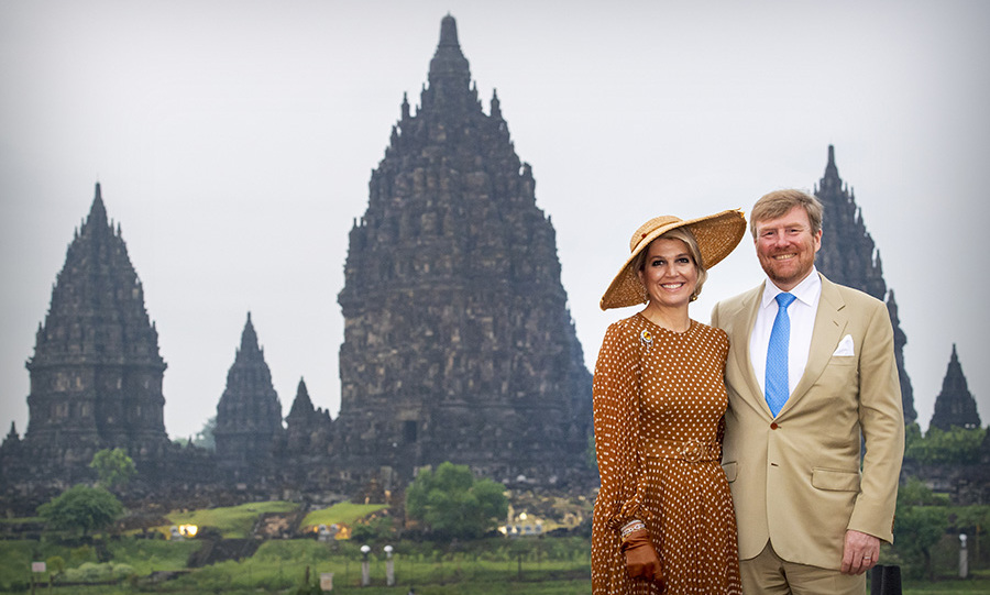 On March 11, <a href=/tags/0/queen-maxima><strong>Queen Máxima</strong></a> and <a href=/tags/0/king-willem-alexander><strong>King Willem-Alexander</strong></a> posed at the Prambanan Temple complex. She brimmed with sophistication in a brown-and-white polka dot dress, wide-brimmed hat and gloves.