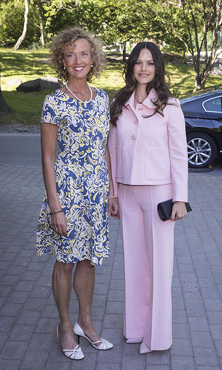 "<strong><a href=""https://ca.hellomagazine.com/tags/0/princess-sofia"">Princess Sofia </a></strong> of Sweden charmed in a cotton candy pink suit during a visit to The Sophia Party and presentation of Medals of Merit to Sophia Sisters in Stockholm in 2018. 