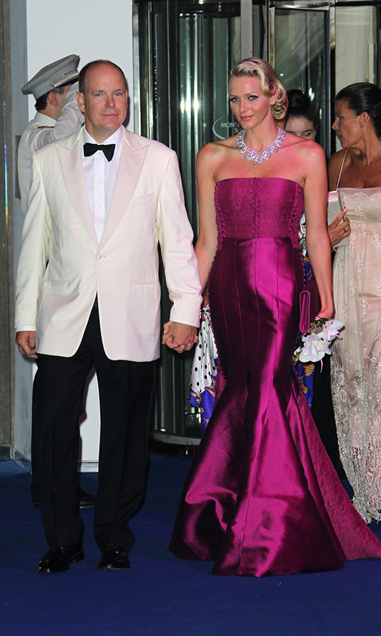 What a glamorous couple! <a href=/tags/0/prince-albert><strong>Prince Albert</strong></a> of Monaco and his wife <a href=/tags/0/princess-charlene><strong>Princess Charlene</strong></a> wowed at the 63rd Red Cross Ball Gala at Monte-Carlo Sporting in 2011. 