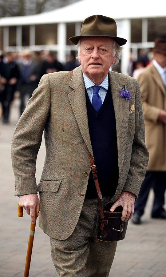 <h2>Andrew Parker Bowles</h2>